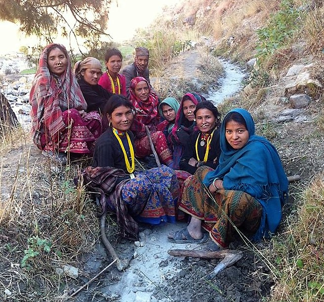 women on trail in nepal